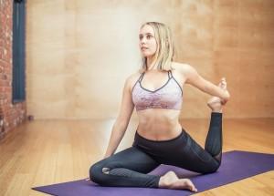 yoga-3053487_1280